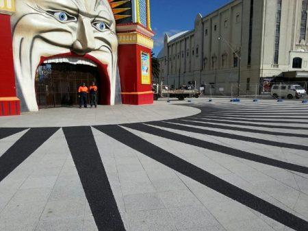 Luna Park Onyx OmniGrip Deco
