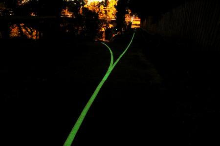 Safety Path WhiteLite on Melbourne Bike Path - Night